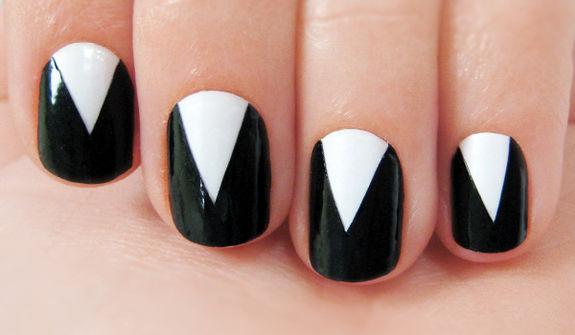 Как сделать на ногтях треугольники 104