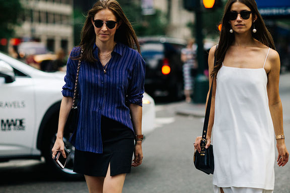 Картинки по запросу новых способов носить рубашку модно